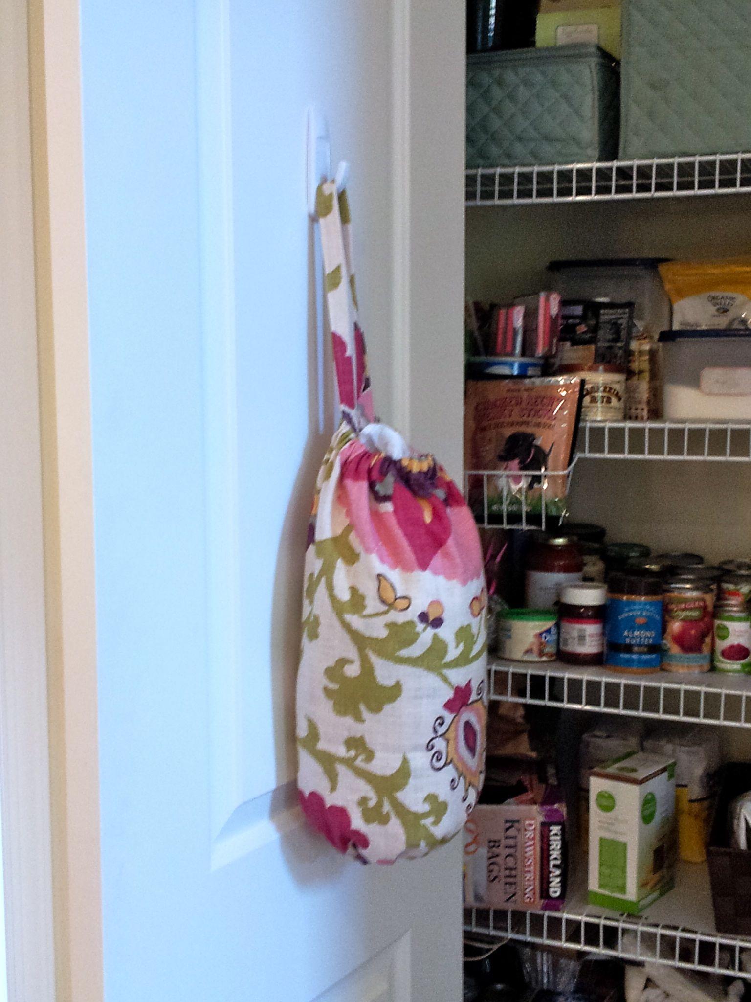 Diy plastic grocery bag holder for Diy plastic